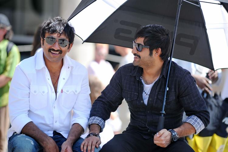 Jr.NTR And Srinu Smiling Photo Clicked On Baadshah Movie Location