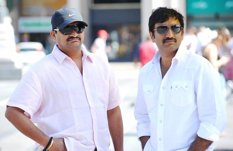 Srinu And Bandla Ganesh Photo Clicked On Baadshah Movie Location