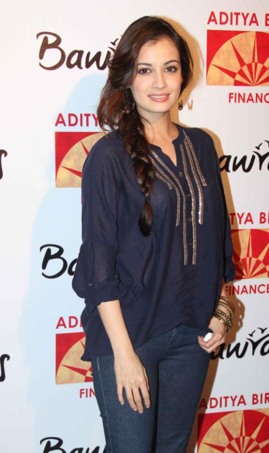 Dia Mirza Make An Appearance At Bawraas An Evening Of Laughter