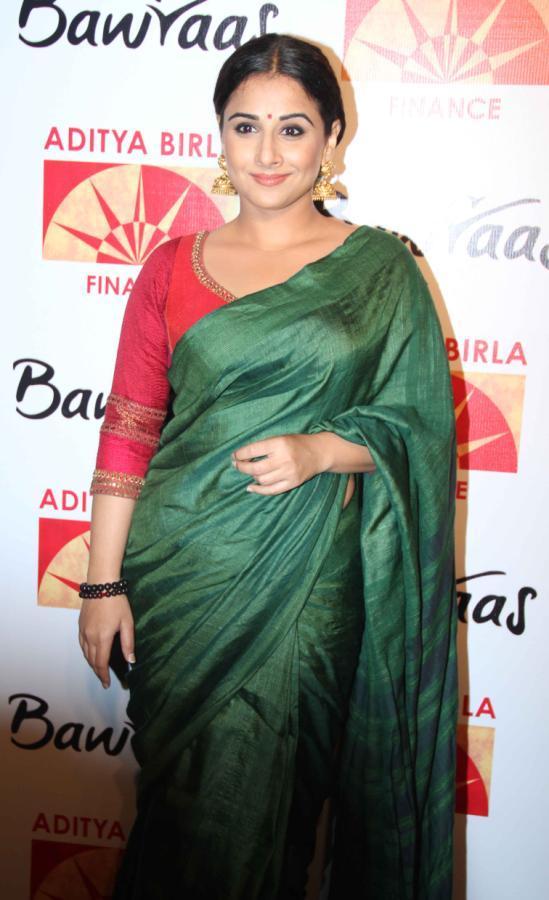 Vidya Balan Posed For Camera At Bawraas An Evening Of Laughter