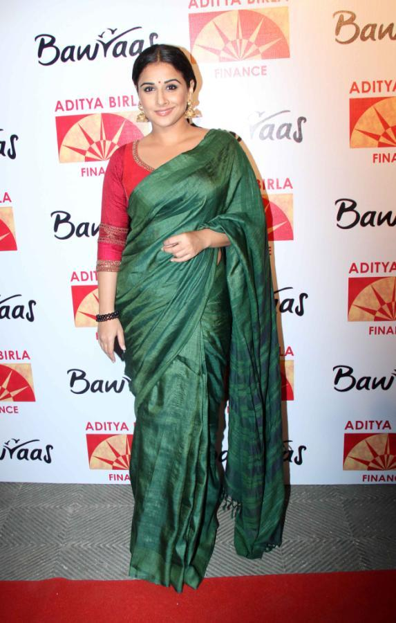 Vidya Balan Snapped On Red Carpet At Bawraas An Evening Of Laughter