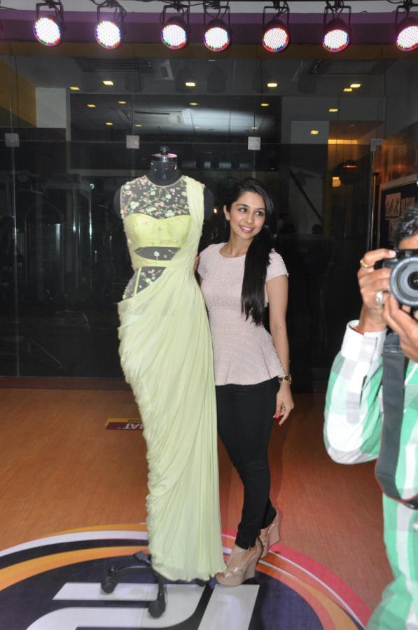 Sonaakshi Posed For Camera At The Launch Of Her Couture Line Launch