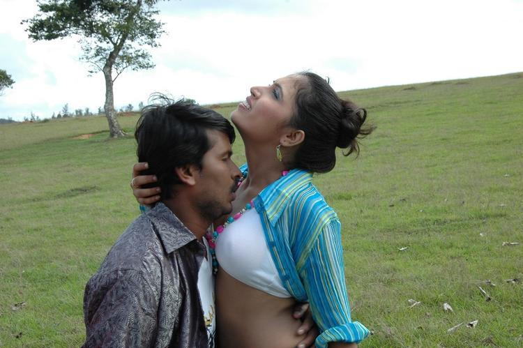 Vinta Kapuram Movie Latest Hot Sexy Still