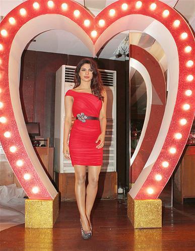 Priyanka Sexy Pose For Camera At Launch Of Babli Badmaash Song