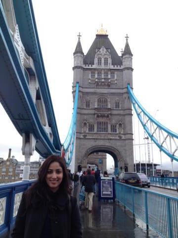 Yami Photo Still On London Bridge During Shoot Of Aman Ki Aasha