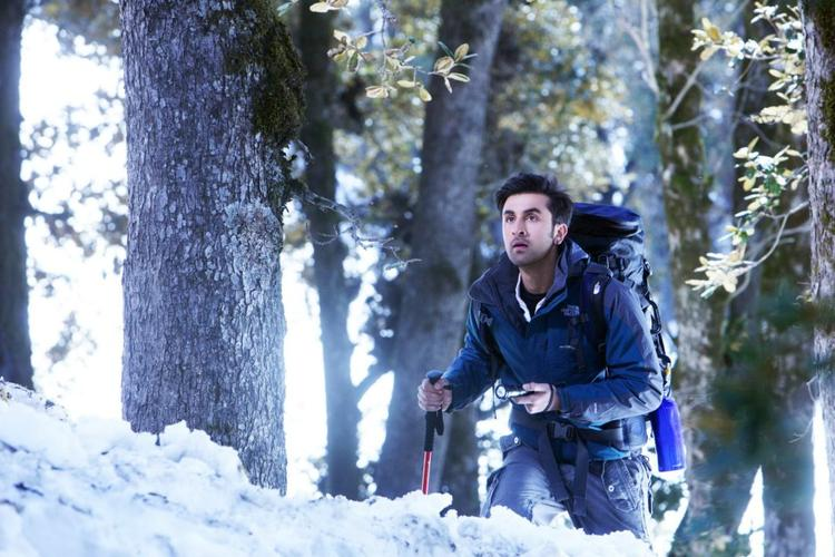 Ranbir Kapoor Cycling On Snow Still From Yeh Jawaani Hai Deewani Movie