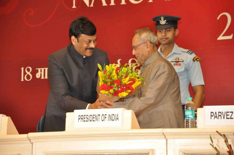 Honourable President Pranab Welcomed By Tourism Minister Chiranjeevi At National Tourism Awards 2011-2012 Presentation Ceremony