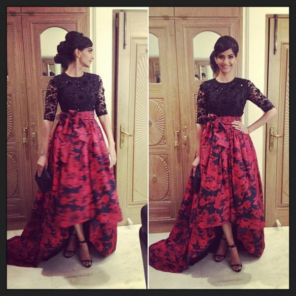 Sonam In Atsu Sekhose Dress At Loreal Femina Women Awards
