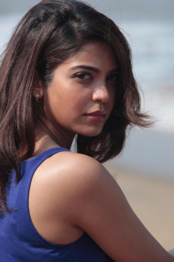 Adonica Spicy Look Photo Still From Movie Aravind 2