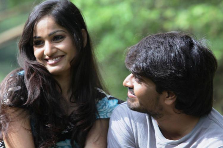 Madhavi And Srinivas Cute Smiling Photo Still From Movie Aravind 2