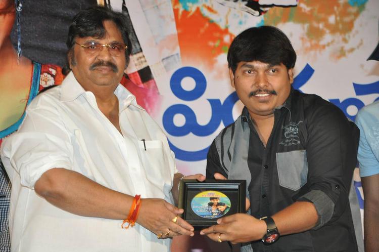Dasari Narayana Photo Clicked At PNK Movie Platinum Disc Function