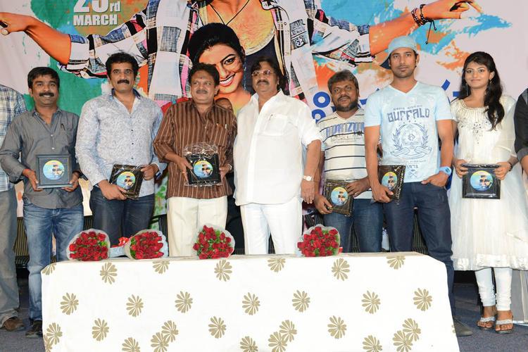 Dasari,Ramesh,Ravikumar,Varun,Rakshita,Trinadha,J.Sambasiva Present At PNK Movie Platinum Disc Function