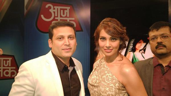 Bipasha Make An Appearance At Aaj Tak To Promote Aatma