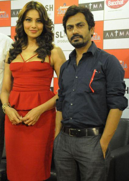 Bipasha And Nawazuddin Posed For Camera During The Promotion Of Aatma At Ambience Mall