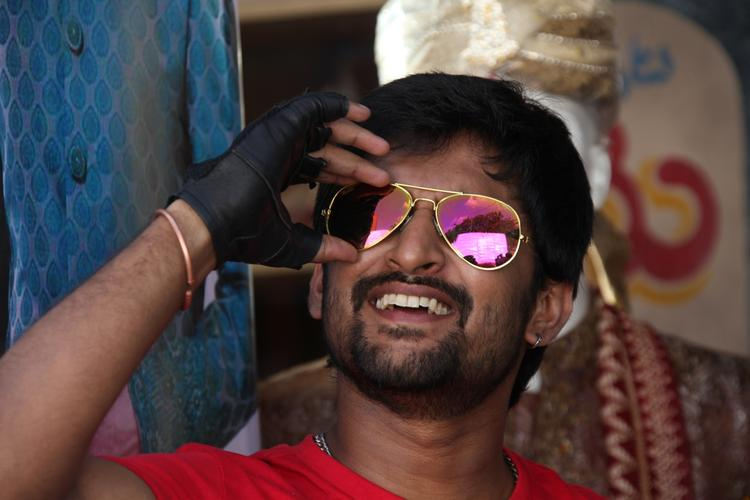 Nani Cool Smiling Look Still From Paisa Movie