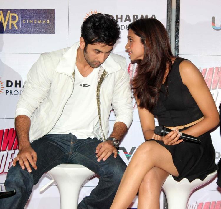 Ranbir And Deepika Attend Trailer Launch Of Yeh Jawaani Hai Deewani