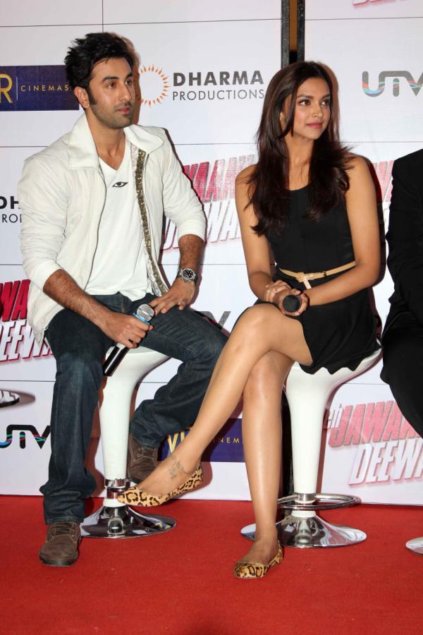 Ranbir And Deepika Snapped At Trailer Launch Of Yeh Jawaani Hai Deewani
