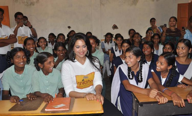 Sameera Reddy In Classroom At P&G Shiksha Diwas In Zilla Parishad Government High School