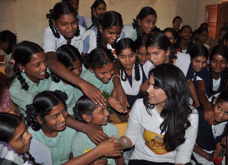 Sameera Reddy During The P&G Shiksha Diwas In Zilla Parishad Government High School