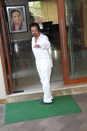A Celeb Clicked At Sanjay Dutt Residence