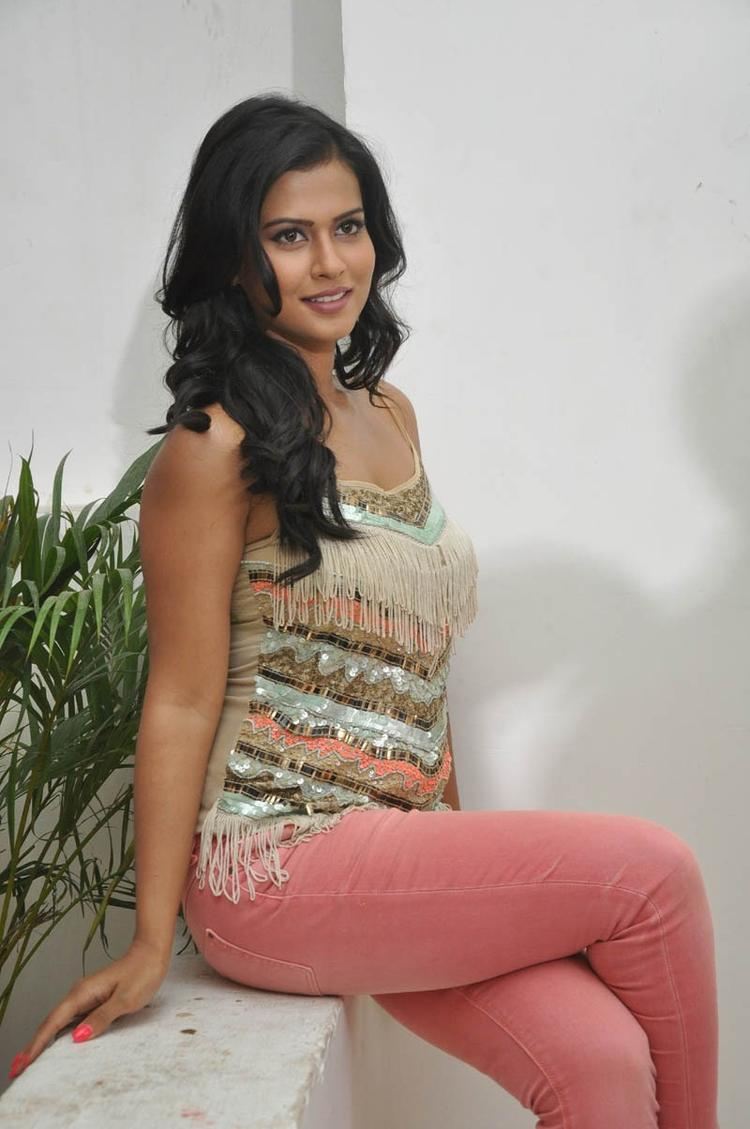 Sharmila Mandre Sexy Look Still