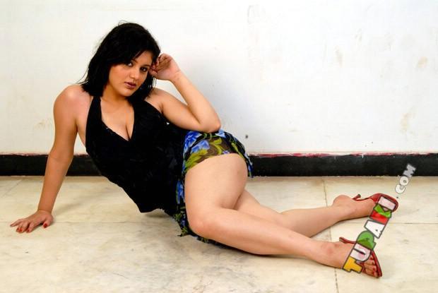Roshitha Sexy Leg Expose Photo Shoot In A Mini Dress