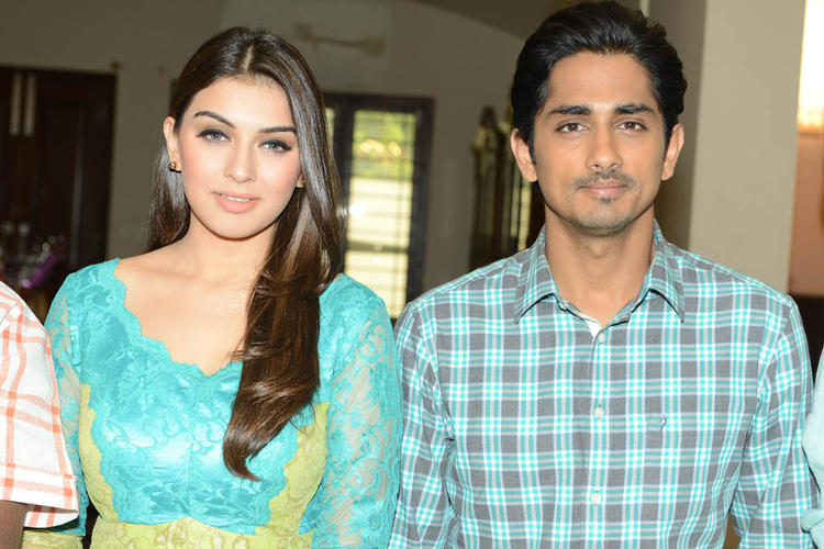 Hansika And Siddharth Snapped At Something Something Movie Press Meet