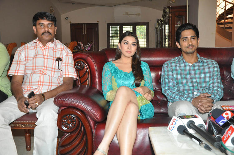 Hansika,Sundar C And Siddharth Photo Clicked At Something Something Movie Press Meet