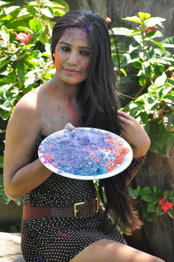 Poonam Hot Look Photo Still During Promotion Of Water Less Holi Festival