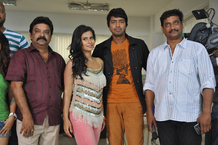 Allari And Sharmila Strike A Pose At Kevvu Keka Movie Press Meet