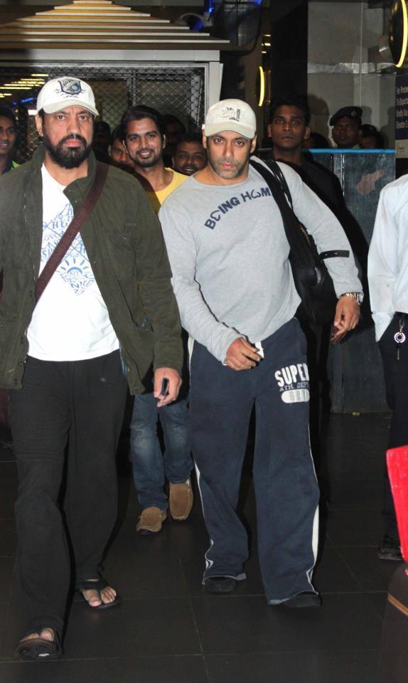 Salman And Shera Spotted At Airport Returning From Medical Checkup