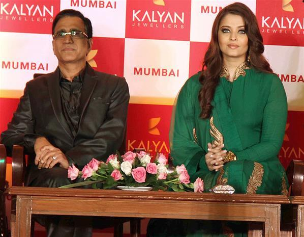 Aishwarya Spotted At Kalyan Jewellers Press Conference
