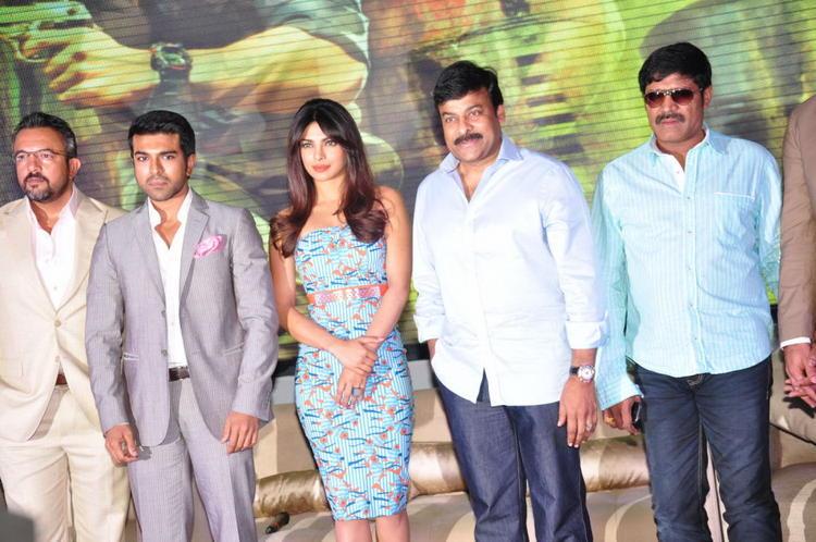 Apoorva,Ram Charan,Priyanka,Chiranjeevi And SriHari Posed At Toofan First Look Trailer Launch Event