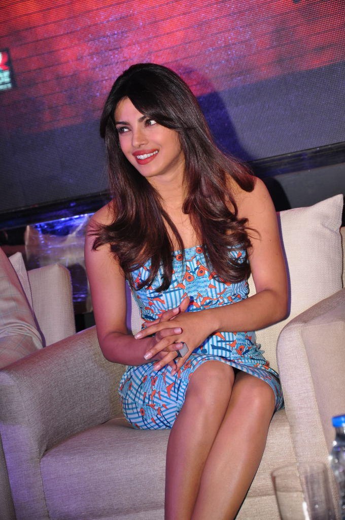Priyanka Chopra Glamour Look At Toofan First Look Trailer Launch Event