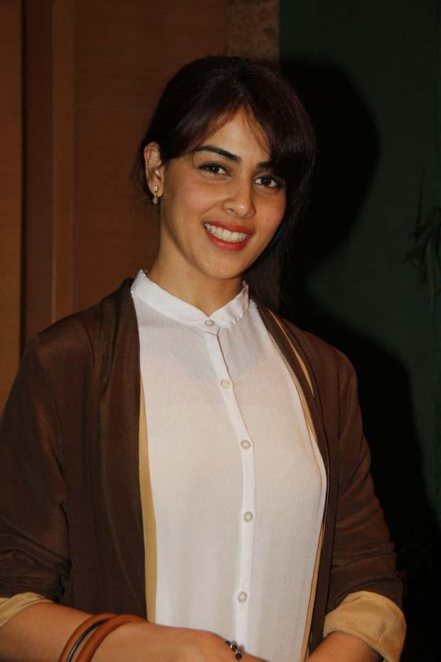 Genelia D'Souza Cute Smiling Look At Lakme Fashion Week Summer Resort 2013