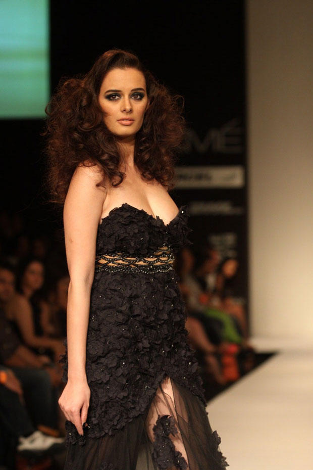 A Hot Model On Ramp At Lakme Fashion Week Summer Resort 2013