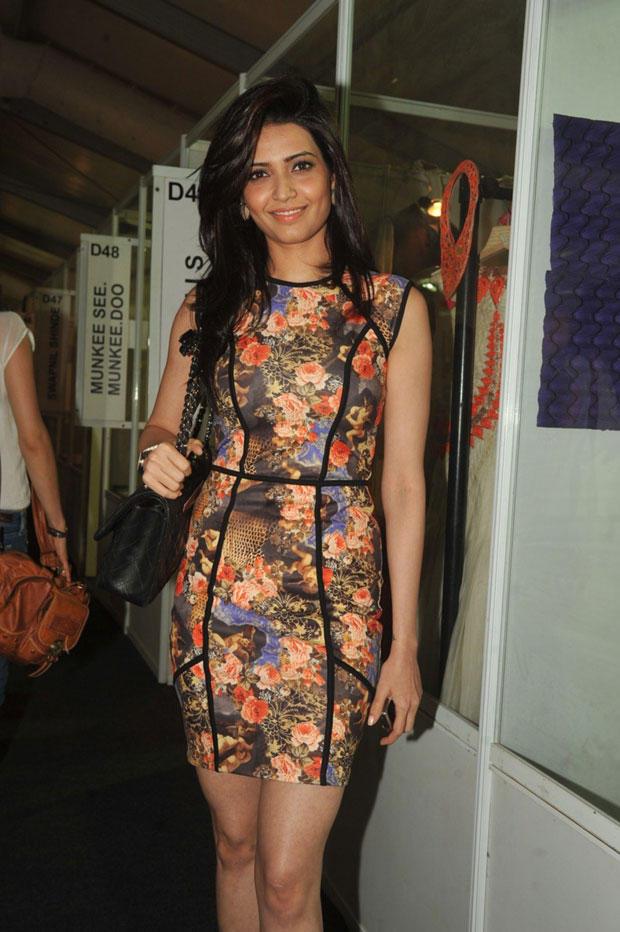 Karishma Tanna Nice Look At Lakme Fashion Week Summer Resort 2013
