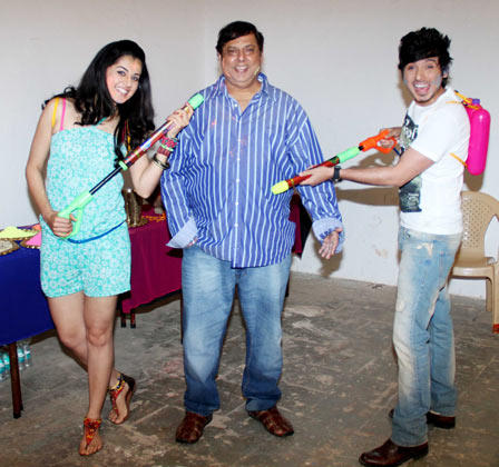 Taapsee,David And Divyendu Celebrate Holi During The Promotion Of Chashme Baddoor