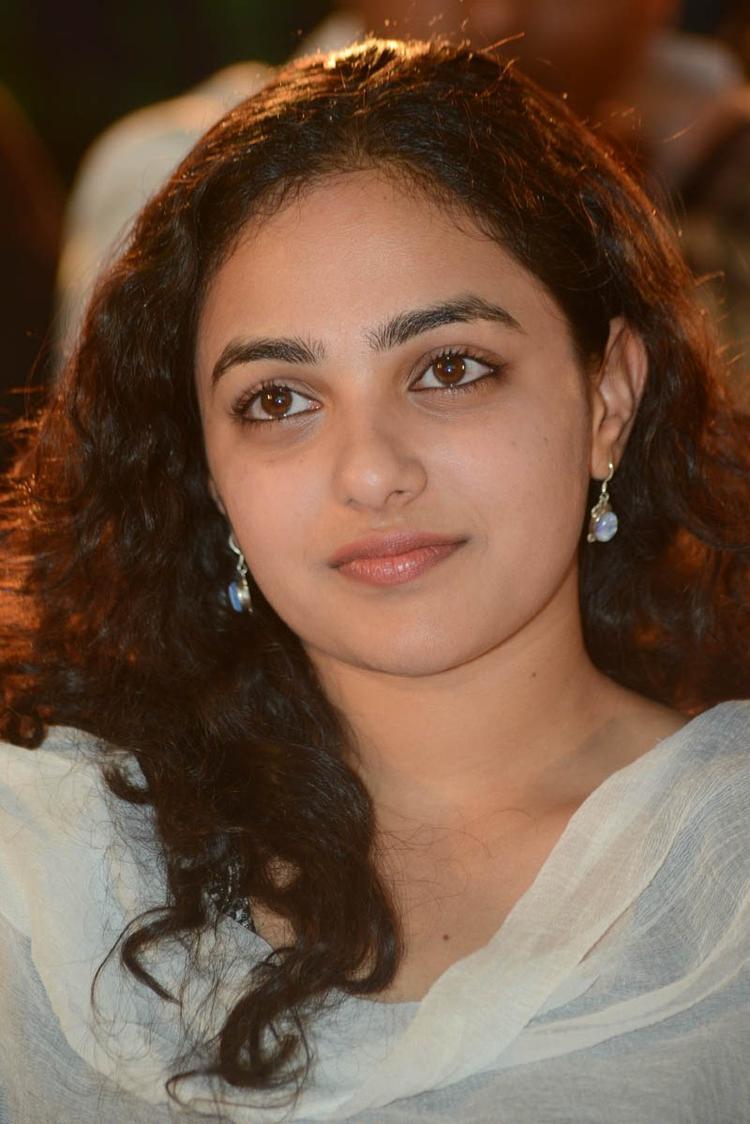 Nithya Menen Dazzles At Gunde Jaari Gallanthayyinde Movie Audio Release Function