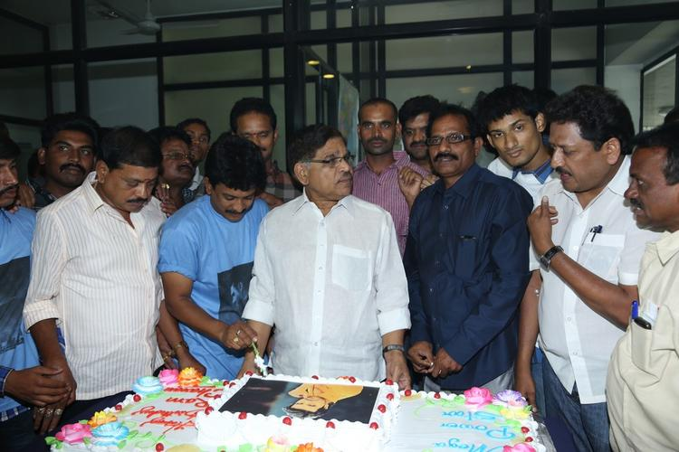 Allu Aravind Make An Appearance At Chiranjeevi Blood Bank To Celebrate Ram Charan Birthday