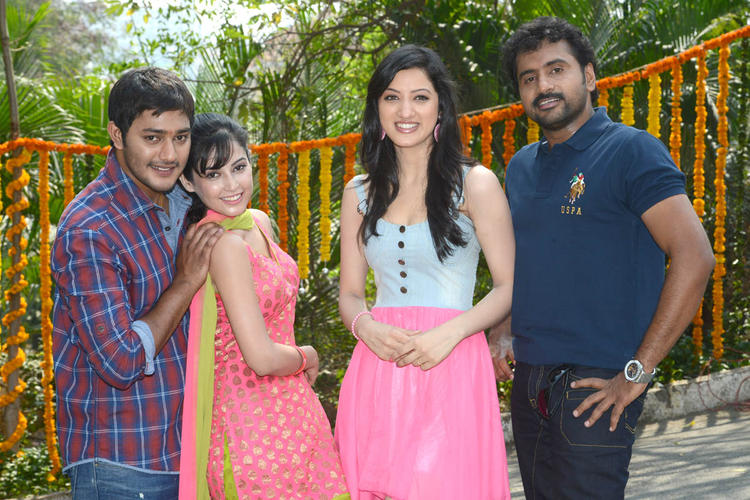 Prince,Disha,Richa And Sethu Smiling Pose For Camera At Full House Entertainments Movie Launch