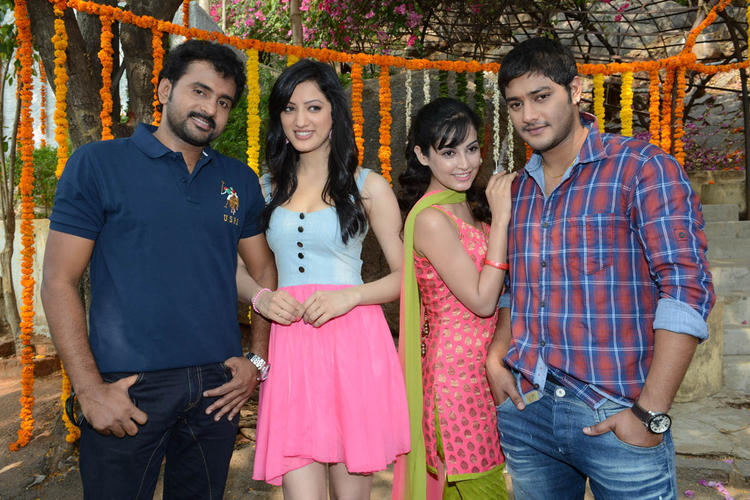 Sethu,Richa,Disha And Prince Snapped At Full House Entertainments Movie Launch