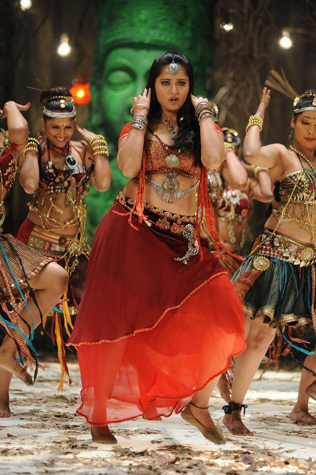 Anushka Shetty Rocking Dance Photo Still From Movie Mirchi