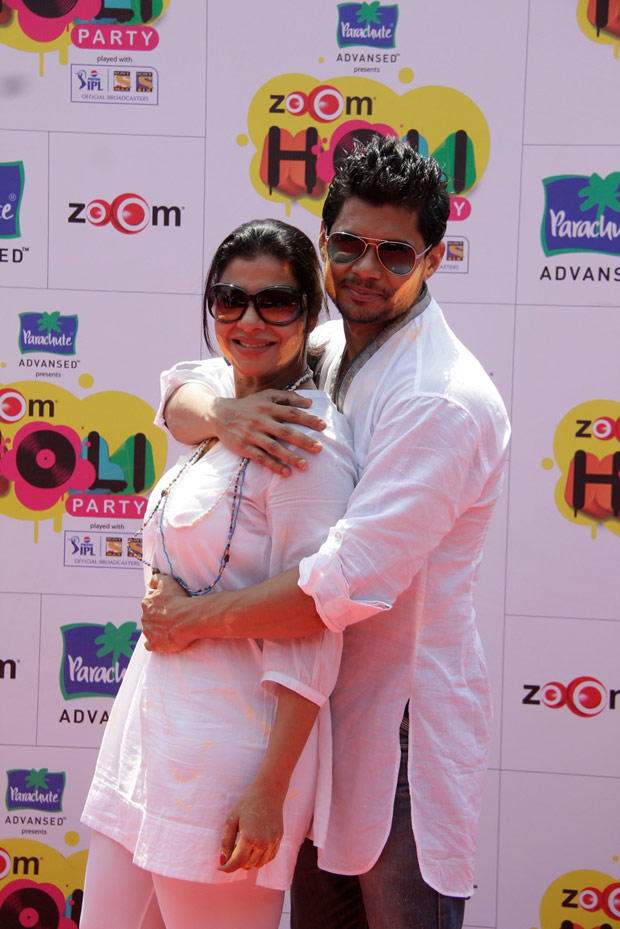 Sambhavna With A Celeb Hug Pose For Camera At ZOOM Holi Party