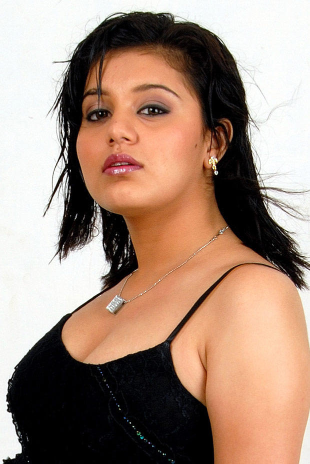 Roshitha Stunning Look Still