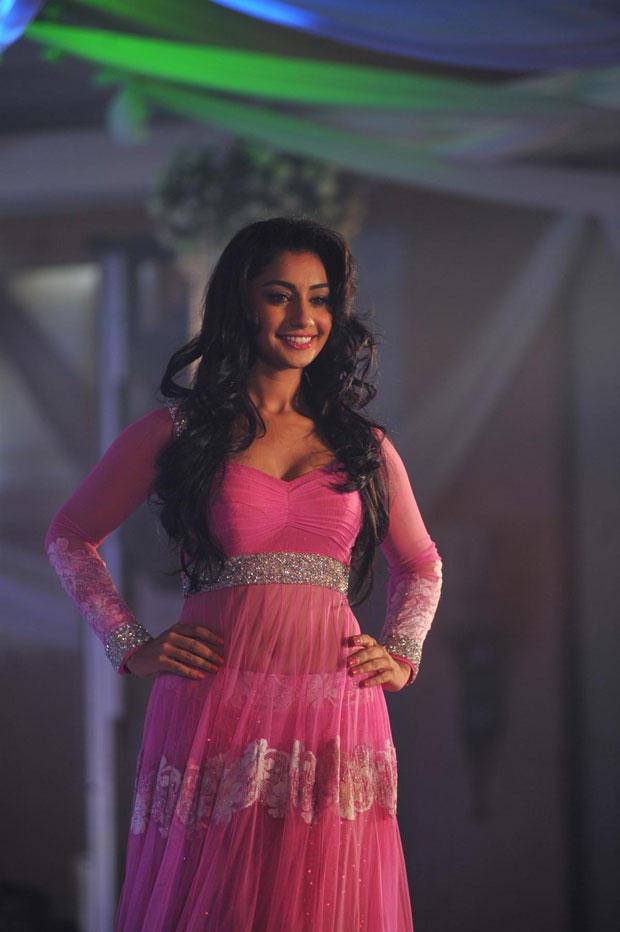 A Model Walks On Ramp At Neeta Lulla Shehnai Collection Fashion Show Event 2013