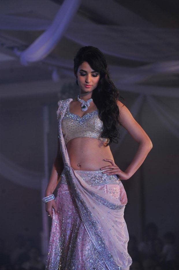Sonal Chauhan Graced At Neeta Lulla Shehnai Collection Fashion Show Event 2013