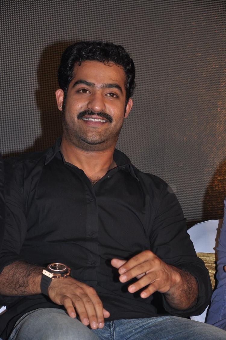 Jr. NTR Smiling Look Still At Baadshah Hexa Platinum Disc Function