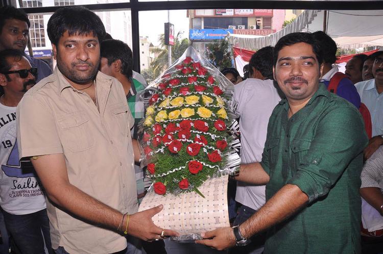 Sekhar Suri Receives Boque Photo Clicked At Supreme Music Store Launch