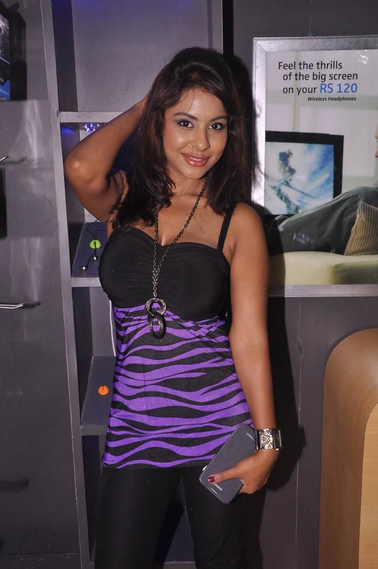 Srilekha Cute Smiling Photo Clicked At Supreme Music Store Launch